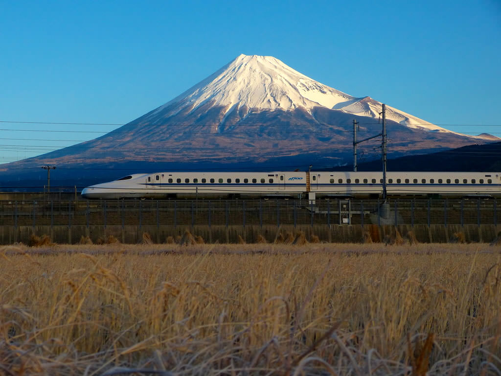 N700 Series Shinkansen with Mt.Fuji