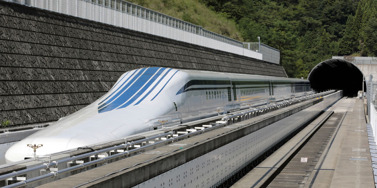 L0 Series Shinkansen which achieved the fastest train speed of 603 km/h