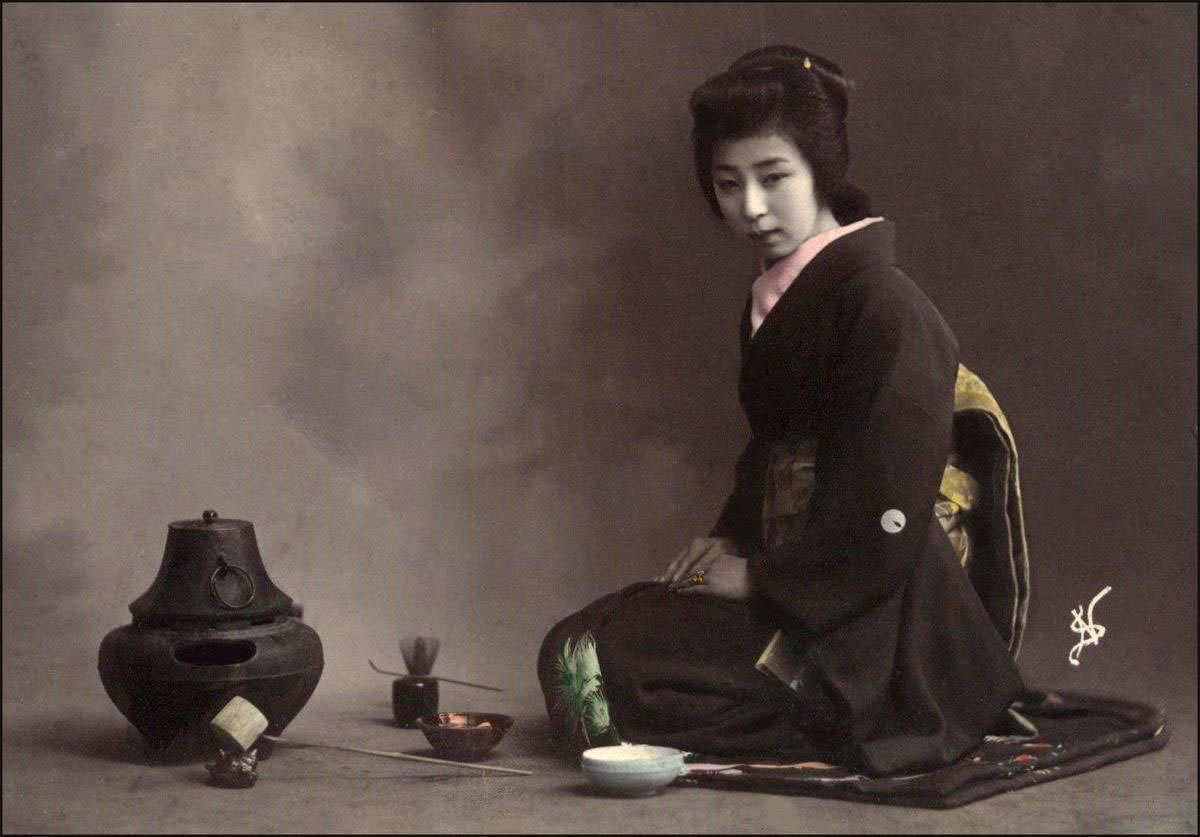 Jaqpanese Tea Ceremony of Geisha in Meiji Period